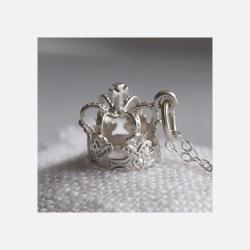 英国直邮【包邮包税】Lily charmed 银色加冕冠项链